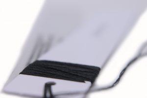 Etiquetas colgantes combinadas o etiquetas compuestas