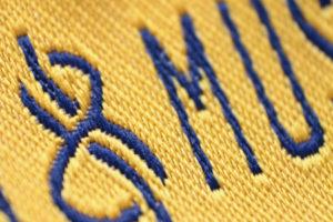 Etiqueta textil alta definición